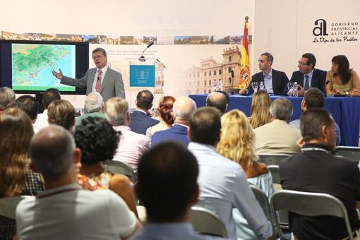 Proyecto del Tren de la Costa presentado en Diputación de Alicante. Foto: DIPUTACIÓN DE ALICANTE