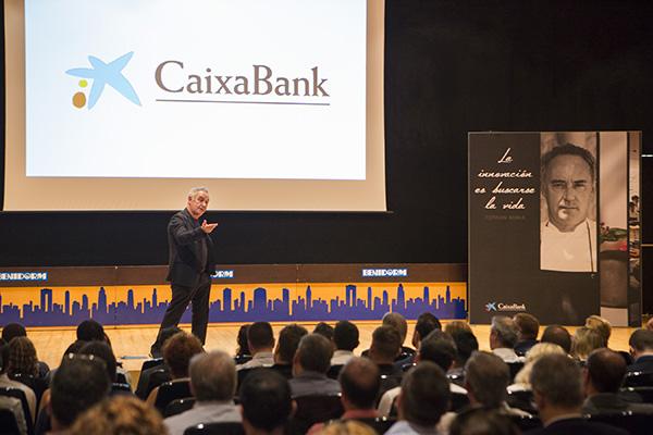 Ferrán Adrià en un momento de su intervención. Foto: FRAN MANZANERA