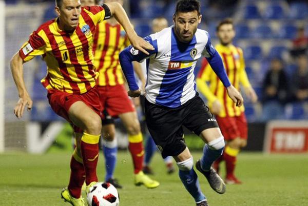 Momento del encuentro entre Hércules CF y el Lleida en el Rico Pérez. Foto: Hércules CF